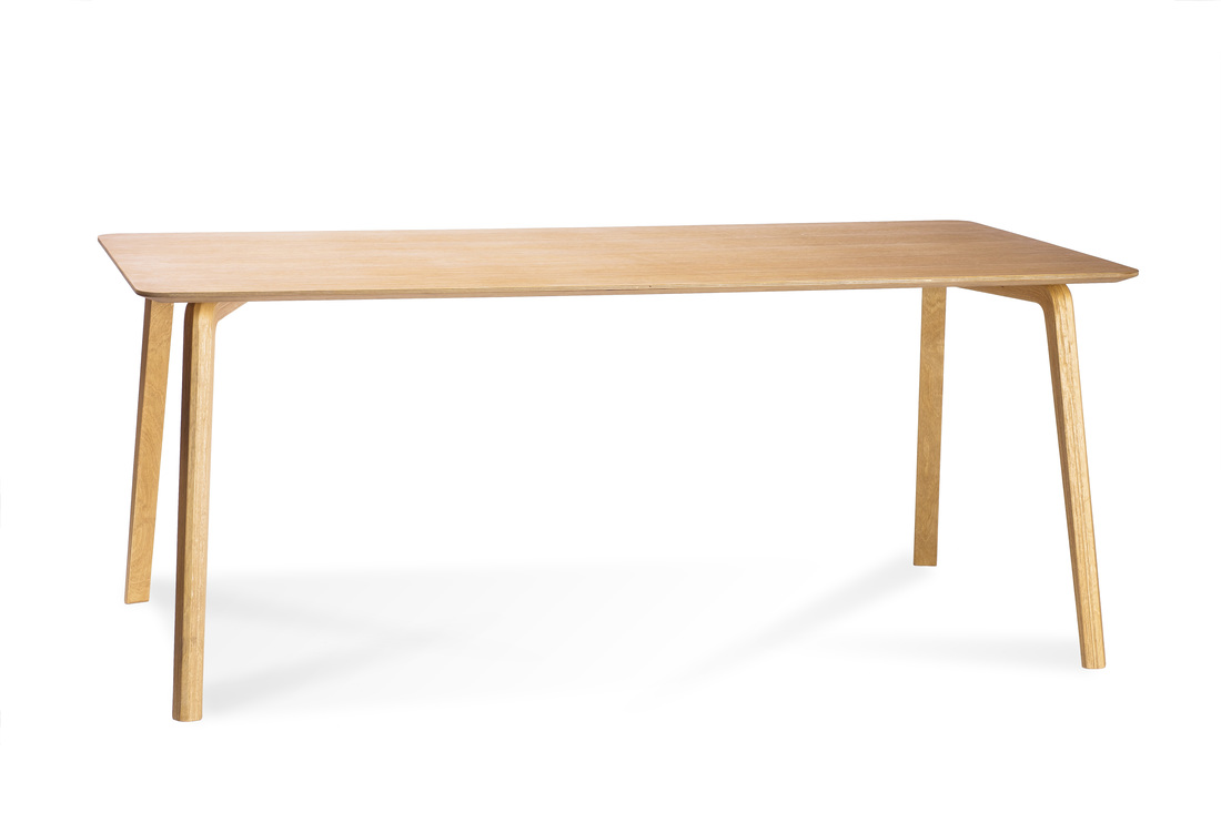 MILONGA table with oak top veneer